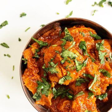 the curry mommy classic Chicken Tikka Masala Recipe using chicken breast and fresh ingredients