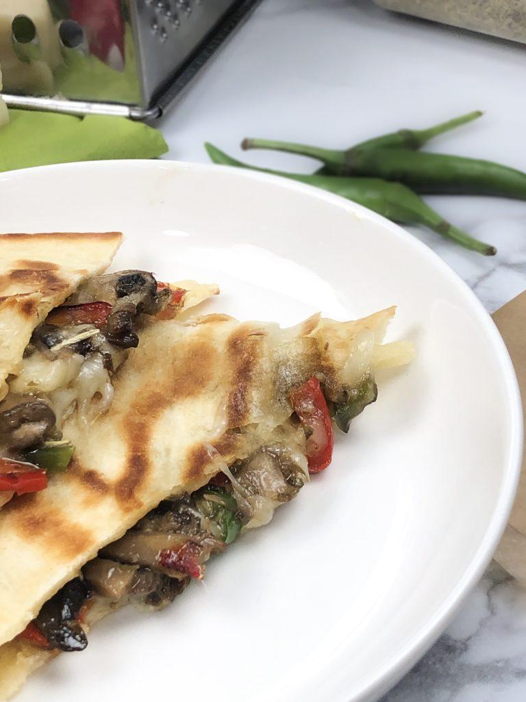 Jalapeno mushroom quesadilla italian quesadillas stuffing with mozarella cheese crispy quesadilla