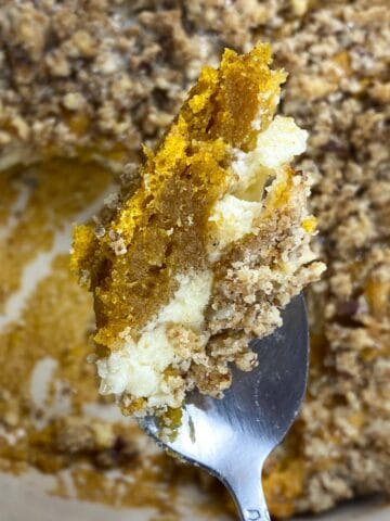 Pumpkin Coffee Cake with Cheesecake Crumbs